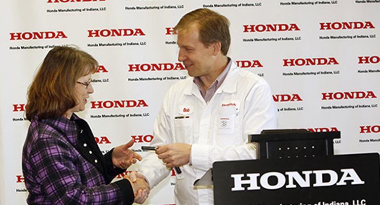 "Indiana Native Wins Honda Civic Hybrid in ""Natural Treasures"" Promotion"